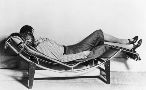 F15 what tuberculosis did for modernism the influence of for Chaise longue le corbusier precio
