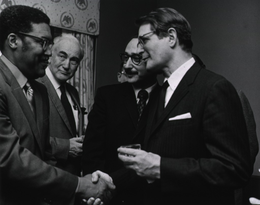 <p>NIH staff meet with Elliot Richardson during his visit on March 16, 1971.</p>