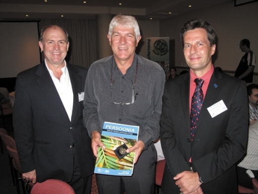 From left to right: professors M.J. Wingfield, Z.A. Pretorius (current recipient of award), and P.W. Crous during the award ceremony.