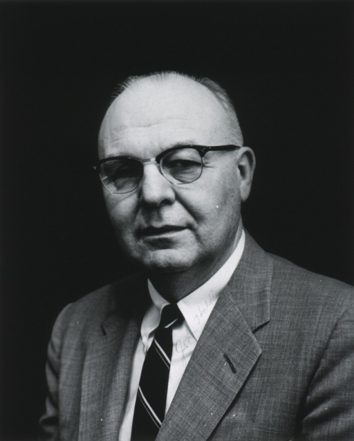<p>Head and shoulders, left pose, full face.  Professor of physiology at  Emory University, School of Medicine in Atlanta.</p>