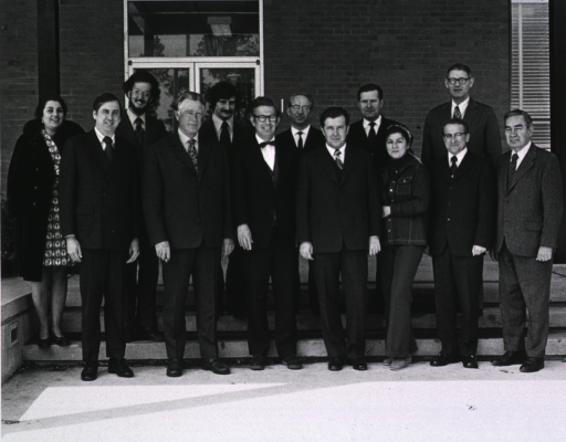 <p>NIEHS researchers meet with Soviets at Research Triangle Park.  Shown here gathered for a group photo.</p>