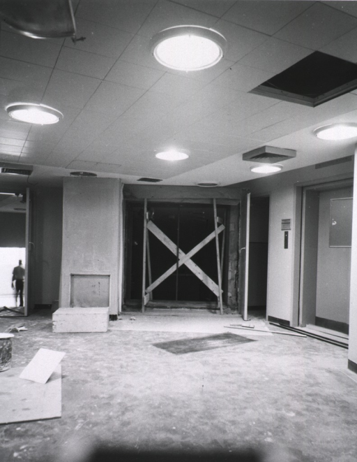 <p>Interior view showing construction progress on the Surgical Wing of Building 10.</p>