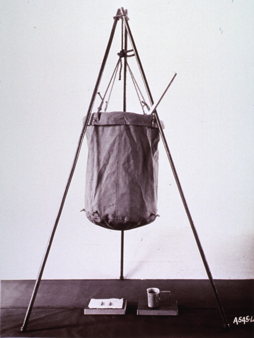 <p>Water sterilizing set, used by the military during World War I.</p>
