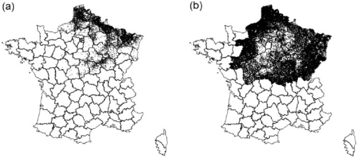 Geographical location of cattle herds in the outbreak area: (a) 8,313 case herds reported after clinical signs of Bluetongue virus serotype 8 (BTV-8) in 2007, (b) 74,169 non-reported herds (e.g., herds with an interpolated date of BTV-8 exposure); 2007; France.
