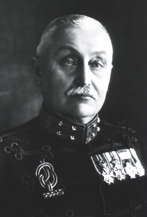 <p>Head and shoulders, front; in uniform of Major-General.</p>