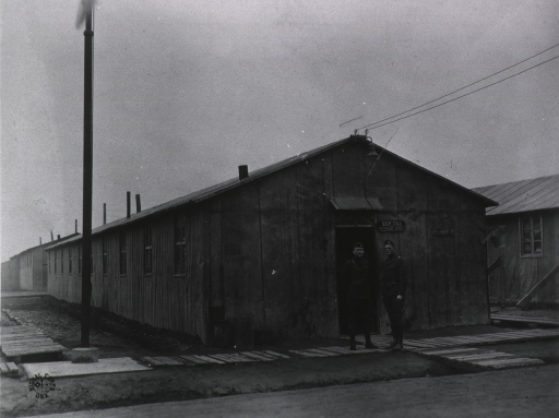 <p>Exterior view of the receiving ward at U.S. Army Camp Hospital no. 11, St. Nazaire, France during World War I.</p>