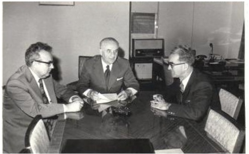 President Aurel Moga in his office in 29 Amzei St, talking with my friend Prof. Emil Măgureanu (general secretary of the AMS) and a close friend, prof. Ioan Orha.