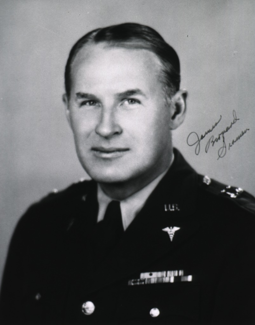 <p>Head and shoulders, full face, uniform, lt.-col.</p>
