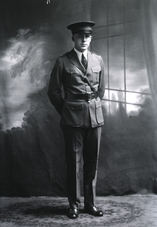 <p>Full length, full face, standing, hands behind back (USA uniform).</p>