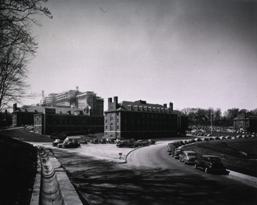 <p>View of the Clinical Center construction from the triangle at the junction of South and Center drives.</p>