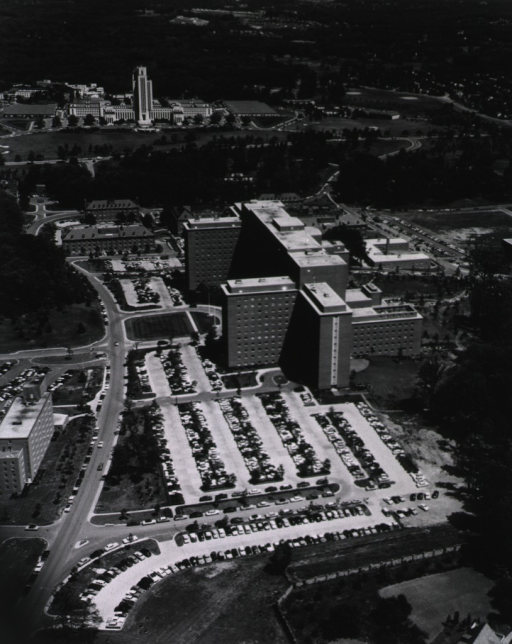 <p>U.S. Navy photograph of the Clinical Center, looking east from an altitude of 800 feet.</p>