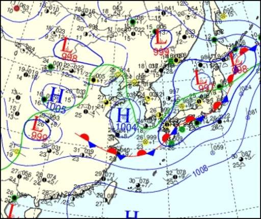 A surface meteorological map (of the Korean Meteorological Administration) at 09:00 LST, 22 July 2009