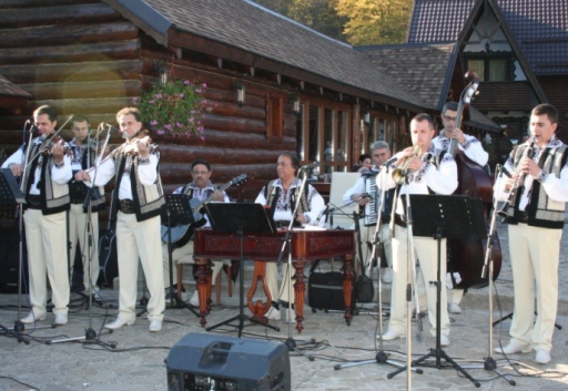 "Folkloric Show offered in the honor of the participants by ""Ciprian Porumbescu"" Folkloric Band"