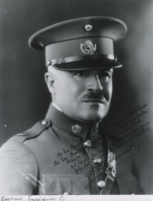 <p>Head and shoulders, right pose, in uniform and cap.</p>