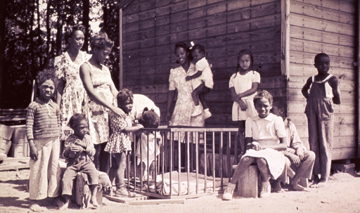<p>A group of children and instructors outside a nursery school in Federalsburg, Maryland.</p>