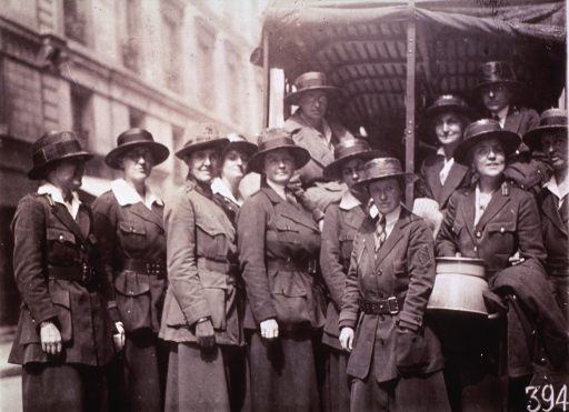 <p>The American Red Cross Smith College Unit ready to leave for the front.</p>