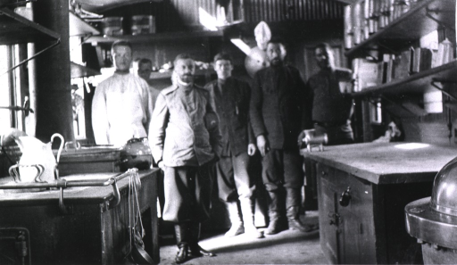 <p>Kitchen staff(?) in the kitchen aboard hospital military train Grand Duchess Elizabeth.</p>