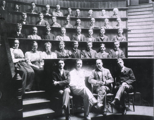 <p>Group portrait of unidentified Johns Hopkins Medical School graduating class with (left to right) professors Harvey Cushing, Howard Kelly, Sir William Osler, and William S. Thayer seated in foreground.</p>
