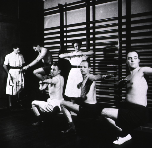<p>Patients exercising.</p>