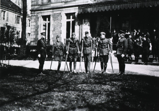 <p>Showing Capt. Reynolds with Brig. General Preston Brown, Colonel Samuel Lloyd, Major Junius Walthall, Capt. William E. Little, and Capt. Frank R. Buggy.</p>