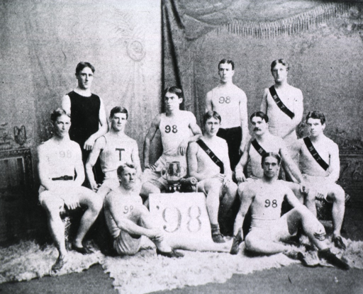 <p>Showing Jones with other members of the MIT track team.</p>