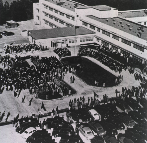 <p>Overhead view of the outdoor ceremony.</p>