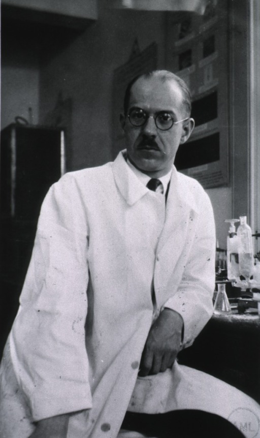 <p>Half length, full face, white coat; in laboratory.</p>