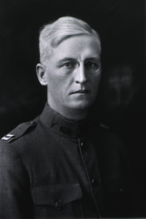 <p>Head and shoulders, right pose, in uniform, M.C.</p>