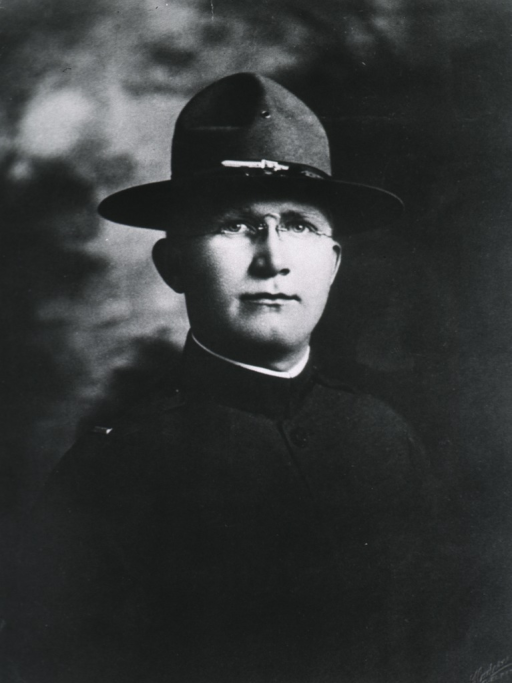 <p>Half length, in uniform and campaign felt hat.</p>