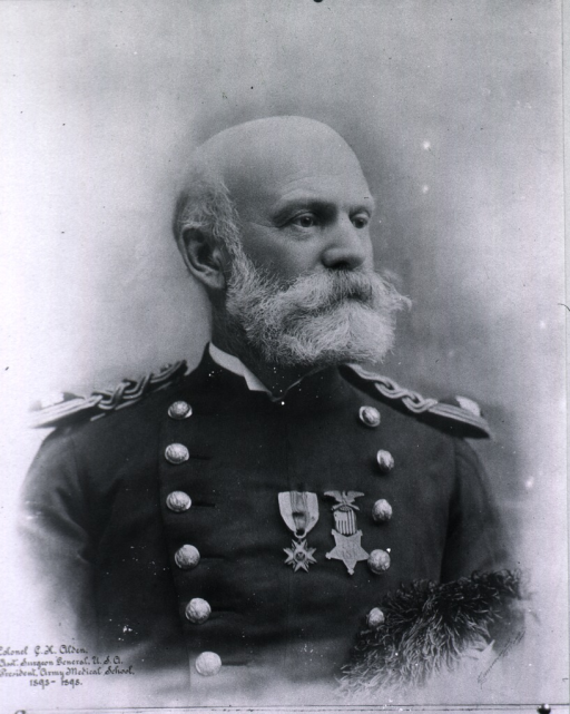 <p>Bust, right pose; dress uniform, medals.</p>