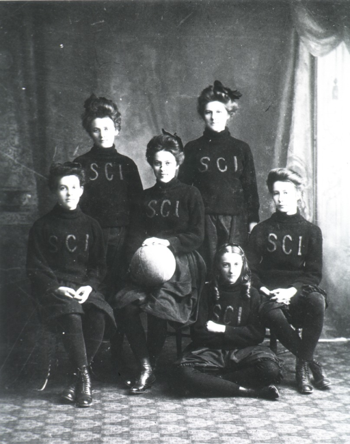 <p>Showing the Women's basketball team of the Susquehanna Collegiate Inst.:  Seated are Alice Evans, Theresa Piollet, Hilda Hinley (on floor), and Edith Keelogg, standing are Mary Hale and Emily Piollet.</p>