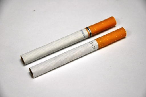 Horizon cigarette sticks before and after introduction of legislation. Source: Quit Victoria pack collection, December 2012.