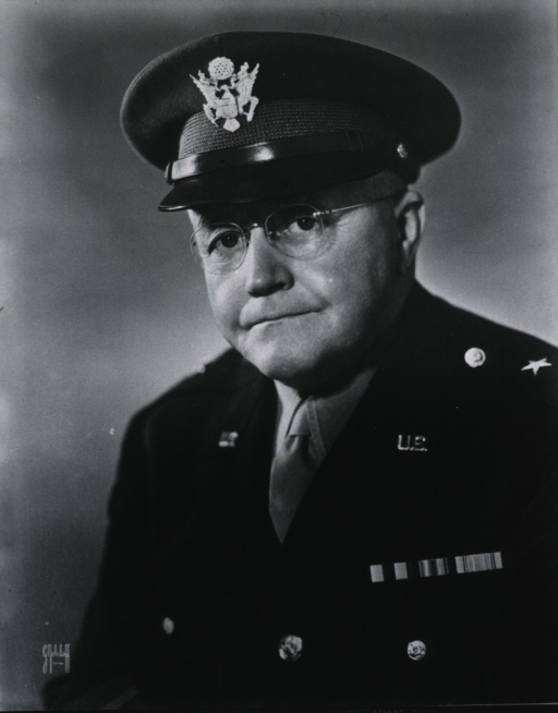 <p>Head and shoulders, full face, left pose, wearing uniform.</p>
