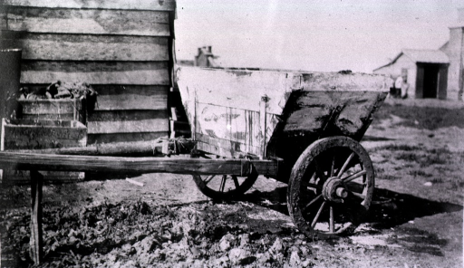 <p>A view of a latrine cart.</p>