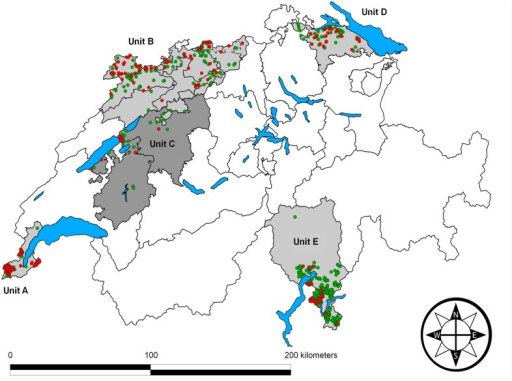 Map of Switzerland depicting the location of the study areas.The five study areas (units A-E) are indicated by shades of grey. Black lines correspond to canton borders, and blue areas are main lakes. The origin of wild boar (Sus scrofa) samples and their real-time PCR results are indicated by colored dots: Samples negative for Mycoplasma hyopneumoniae are green and positive samples are red.