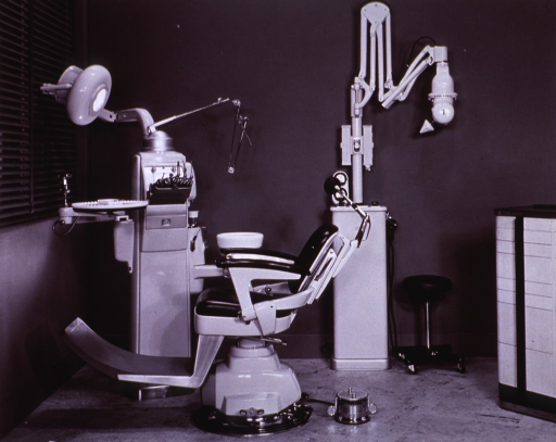 <p>Interior view: chair, dental unit, and Dual X x-ray machine.</p>