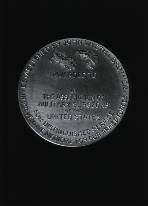 <p>View of reverse of medal.</p>