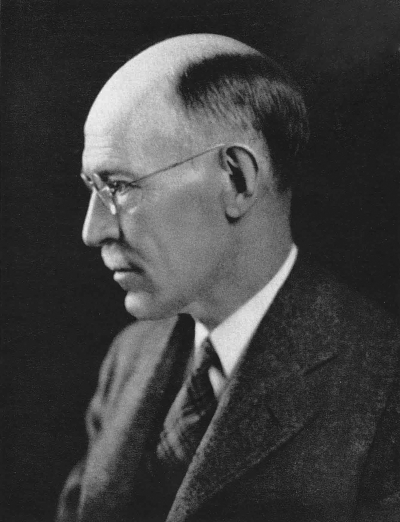Ross Granville Harrison (1870-1959). Bronson Professor of Comparative Anatomy, Professor of Embryology, Sterling Professor of Biology, Chairman of the Department of Zoology, 1907-1938.