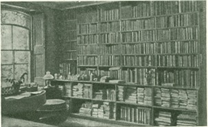 <p>Image of page opposite p. 136 from Vospominaniia o razvitii moego uma i kharaktera, 1957. The image shows Darwin's library at his residence, Down House.</p>